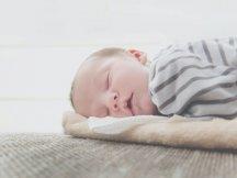 Baby valt moeilijk in slaap