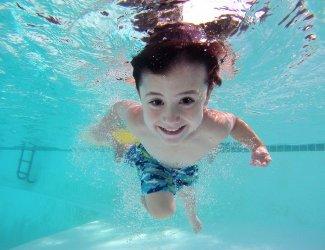 Zwembaden weer open